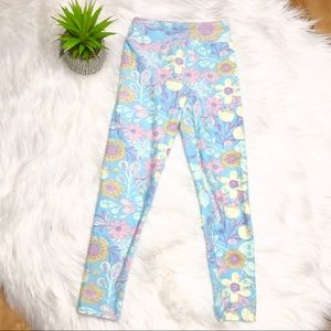 Lularoe NWOT Girls Blue Floral Pattern Leggings